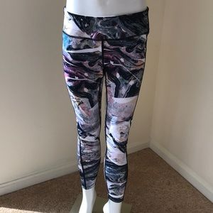Layer 8 quick dry work out tights size medium